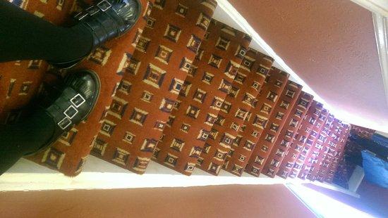Chiswick Lodge Hotel : Narrow stairs