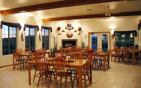 Stagecoach Trails Guest Ranch: Hualipai Dining ROom