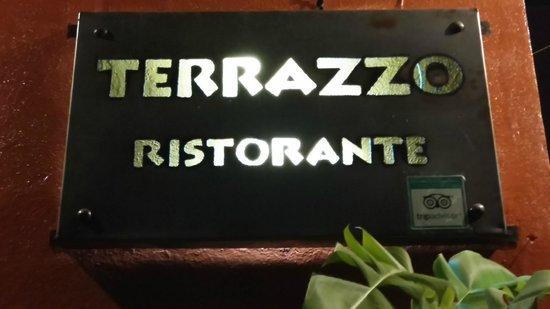 Terrazzo Ristorante & Bar: insegna esterna