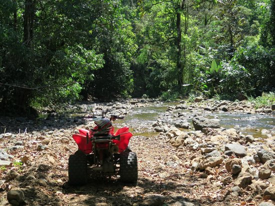 ATV Adventure Tours Costa Rica : Another river crossing