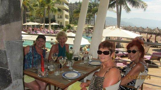Secrets Vallarta Bay Resort & Spa: Oceania Restaurant
