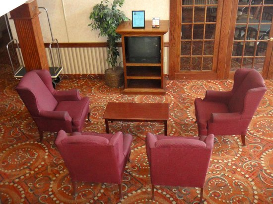 American Heritage Inn: Guest Waiting