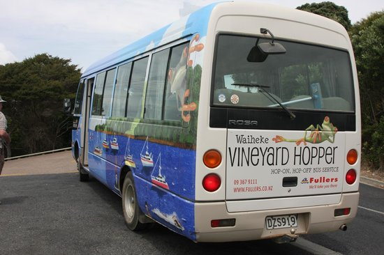 Fullers 360 Discovery Cruises : One of the two Vineyard hopper Buses - the modern one