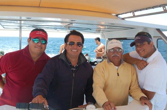 Rissalena Cruises: Aramis & Eduardo and Crew