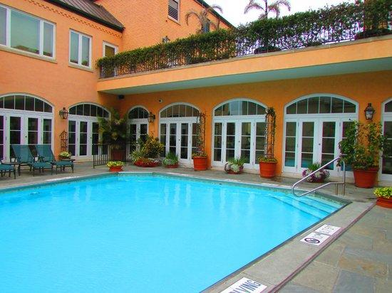 Hotel Monteleone : Pool area