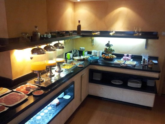 Hotel Sercotel Zurbaran: Hotel Zurbaran - Desayuno Buffet