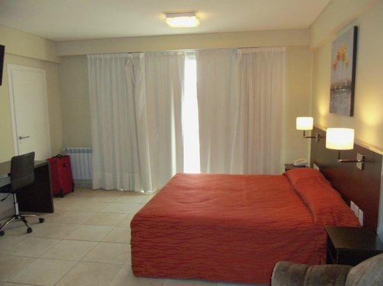 Hotel Nontue: habitacion para 4