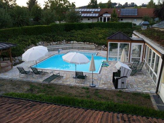 Roßstall - Kur-Gutshof Arterhof: Pool - Thermalbad.  Mit vielen Düsen und anderen Extras