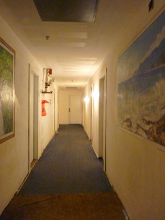 The Clay Hotel: le couloir des chambres