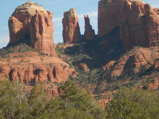 Hillside Sedona: Beautiful Prehistoric Rock Formations