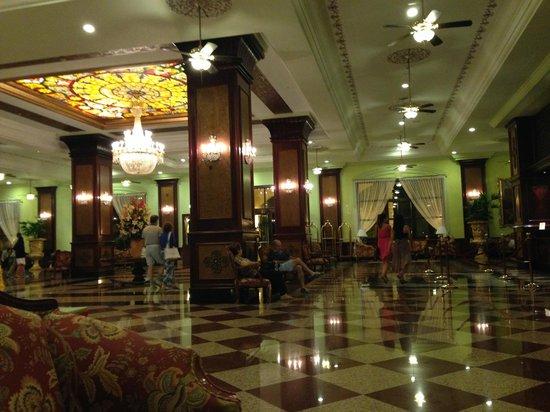 Hotel Riu Palace Aruba: Lobby del hotel