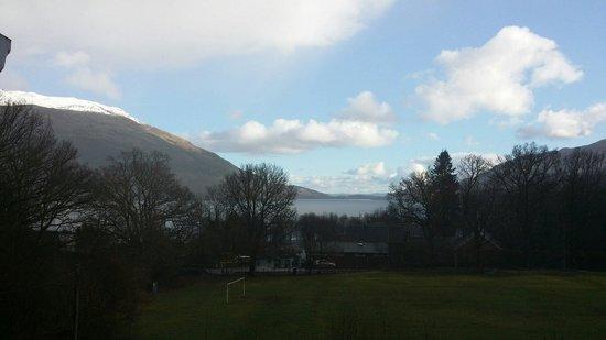 Glebe Country House Tarbet: Blick aus dem Zimmer /März