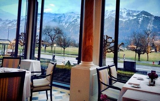 Victoria Jungfrau Grand Hotel & Spa: breakfast with a fabulous vieuw