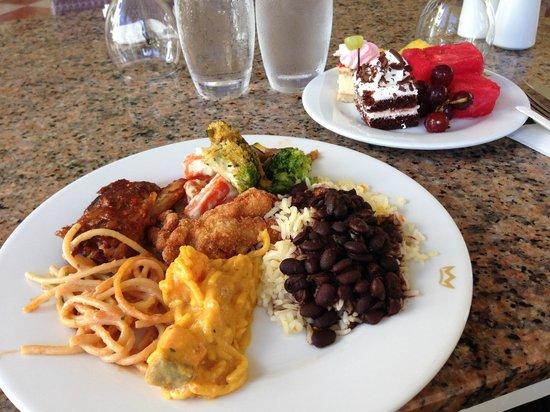 Hotel Riu Palace Aruba: Buffet de Restaurante San Nicolás