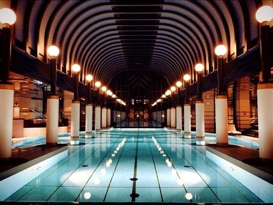 Victoria Jungfrau Grand Hotel & Spa: wonderfull and calm swimmingpool