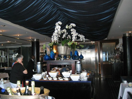 The Twelve Apostles Hotel and Spa : Twelve Apostles Breakfast