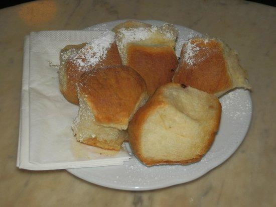 Cafe Hawelka: buchteln