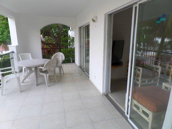 Beachscape Kin Ha Villas & Suites: Varanda