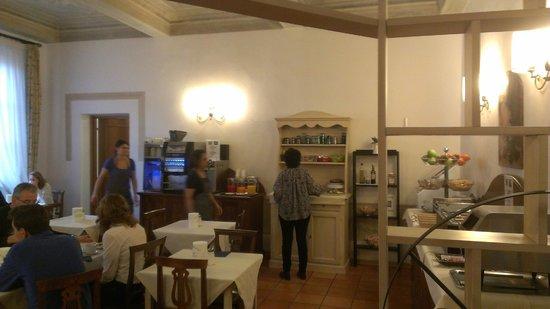 Relais Hotel Centrale Residenza D'Epoca: Breakfast Room