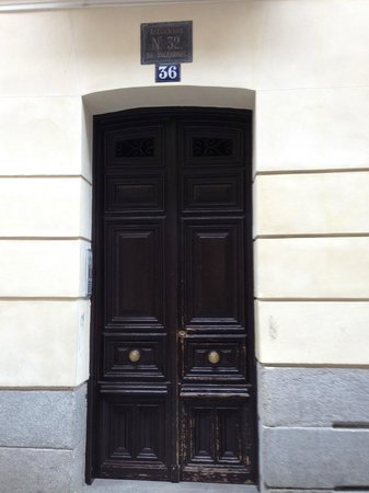 Madrid SmartRentals Barrio De Las Letras: Вход в апартаменты Madrid4rentals Barrio de las Letras