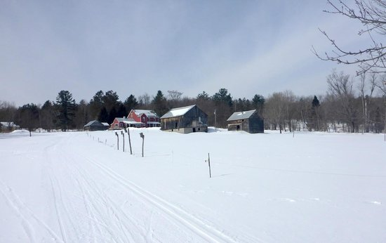 Garnet Hill Lodge and Ski Resort : North Acres Farm from the Apple Way Trail