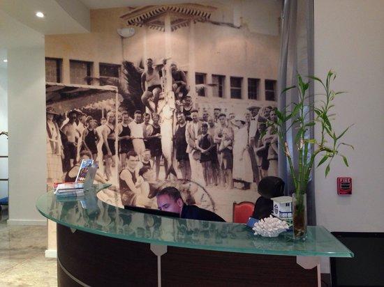 The Fritz Hotel: Lobby!