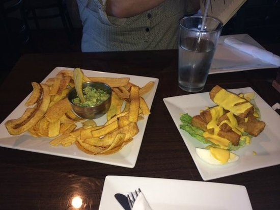 The Chimney House: Guacamole with Plaintain chips and Fried Yuca