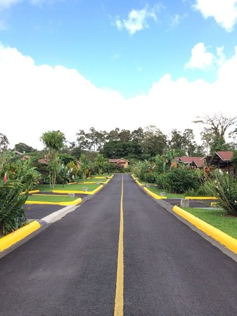 Arenal Springs Resort and Spa: Road