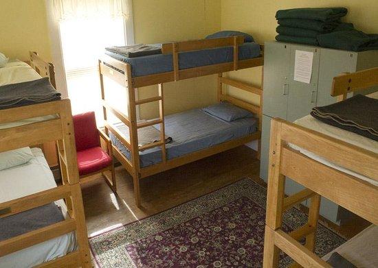White Mountains Hostel: Bunk Room