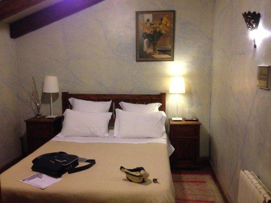 Hotel  Alavera de los Baños: Habitación