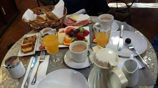 Hotel Alavera de los Banos : Desayuno