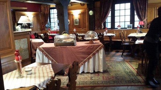 Suisse Hotel: Petit dej