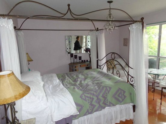 Casa del Sol Bed and Breakfast at Lake Travis: Great Rooms!