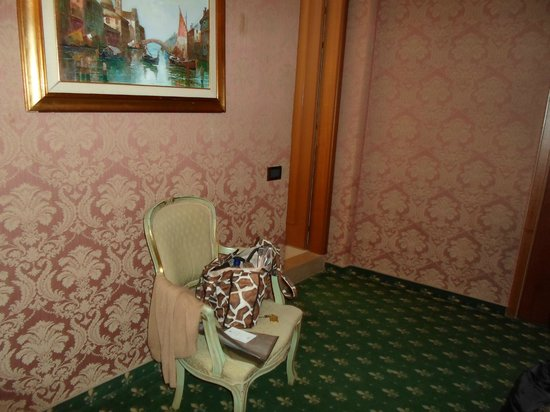 Hotel Carlton on the Grand Canal: chair and door to bathroom
