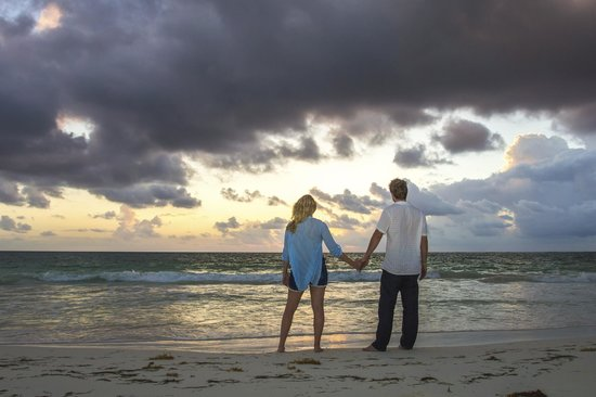 Secrets Maroma Beach Riviera Cancun: Honeymoon photoshoot for free!! just pay for the photos you want!