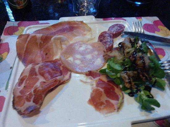 Vini e Sapori Ristorante a Genzano: antipasto
