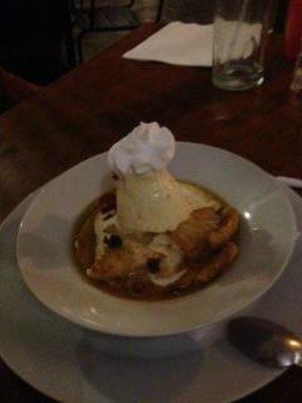 A dessert at Sobremesa