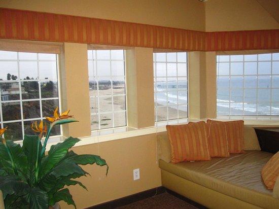 SeaCrest OceanFront Hotel: Bay Window