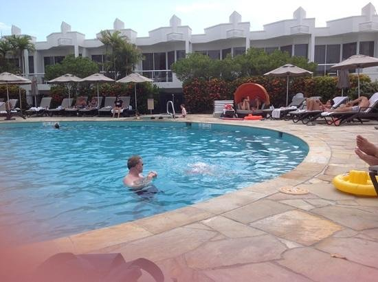 Sofitel Noosa Pacific Resort: pool was fun. go early to get one of the sun beds.