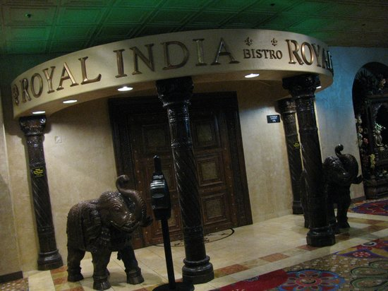 Royal India Bistro: The restaurant from outside