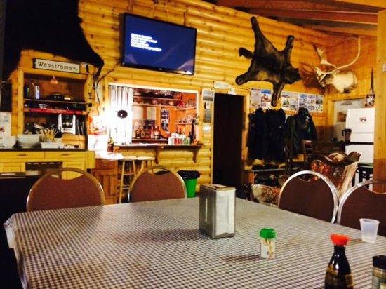 Trout Rock Lodge Social Area