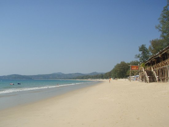 Amora Beach Resort : bangtao beach