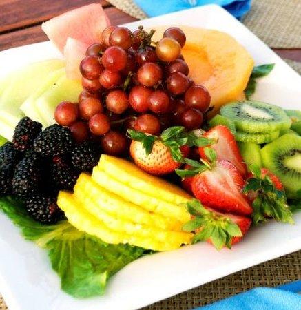 Hemingway's Restaurant : Fruit Plate