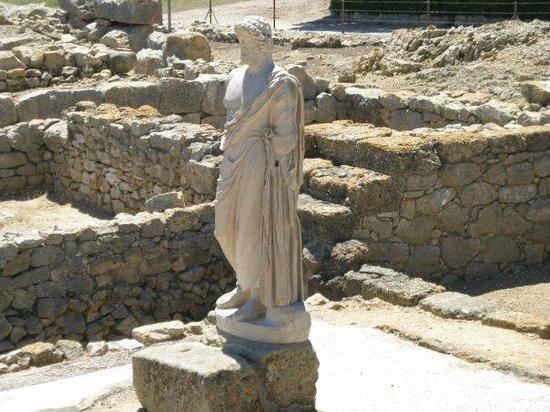 Ruins of Empuries: Statue