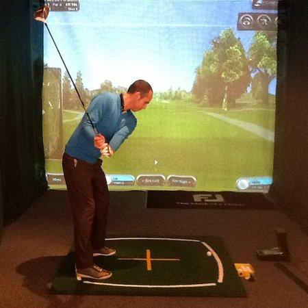 Jon Watts Golf: Getting in the swing of things