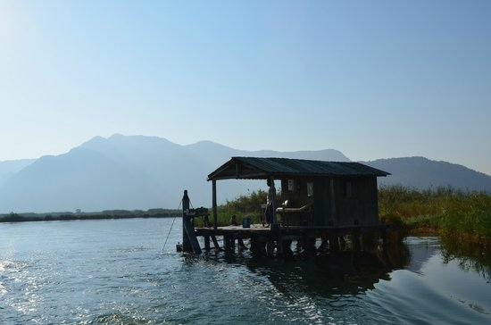 Hotel Dalyance : Early morning fishing / crab fishing trip