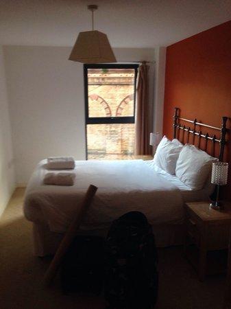 Base Serviced Apartments Duke Street: Bedroom 1