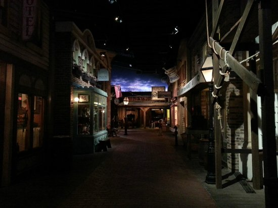 Center of Science and Industry (COSI) : The Progress exhibit