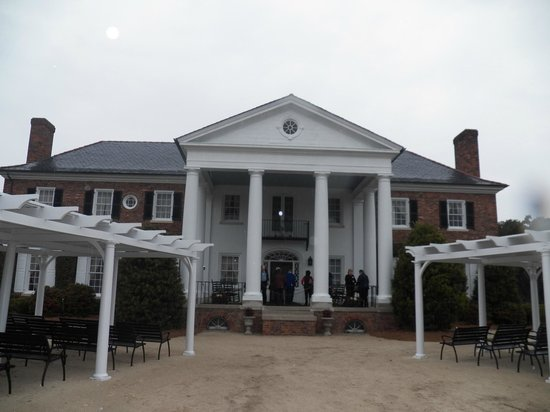 Boone Hall Plantation: the house  at the plantation