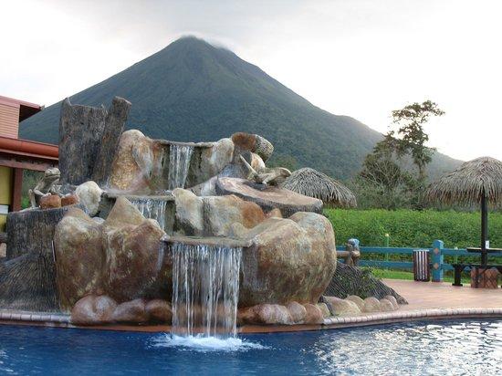 Hotel La Pradera del Arenal: The pool